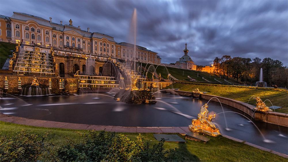 Петергоф (Парк с фонтанами)